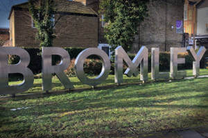 Bromley-north-sign-2