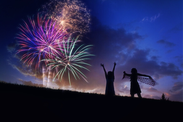 children-enjoying-fireworks-display-1