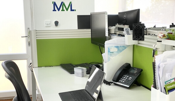 mml-empty-office